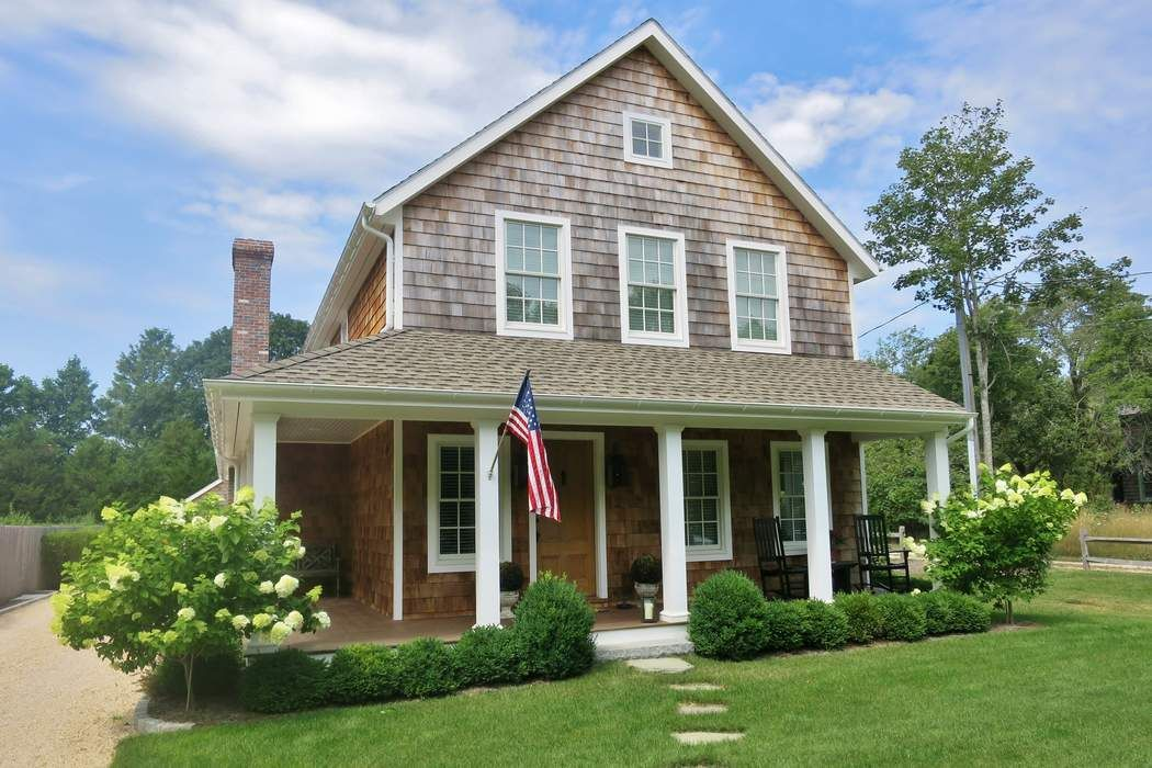 Amagansett Village Farmhouse