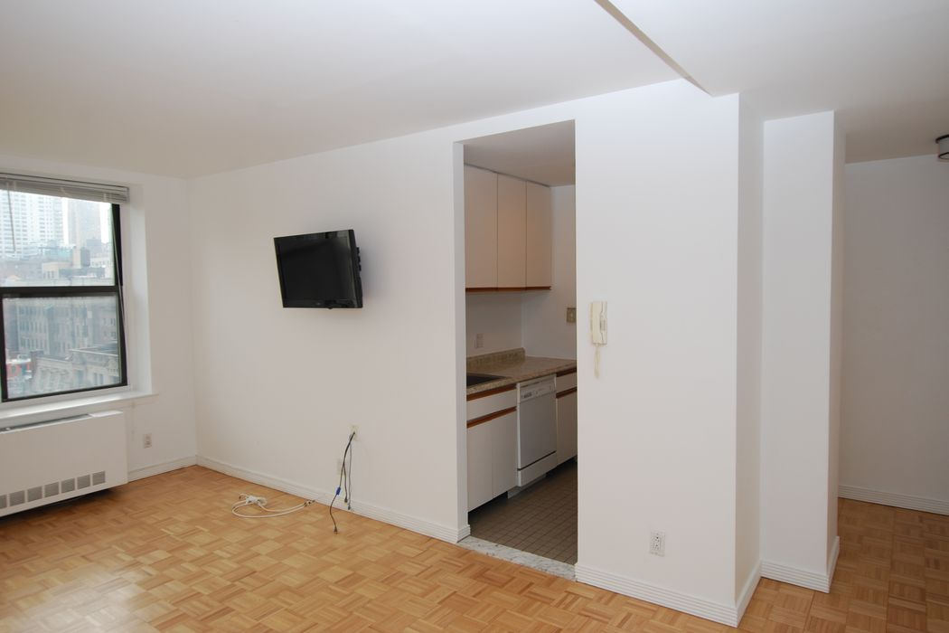 201 West 74th Street New York, NY 10023