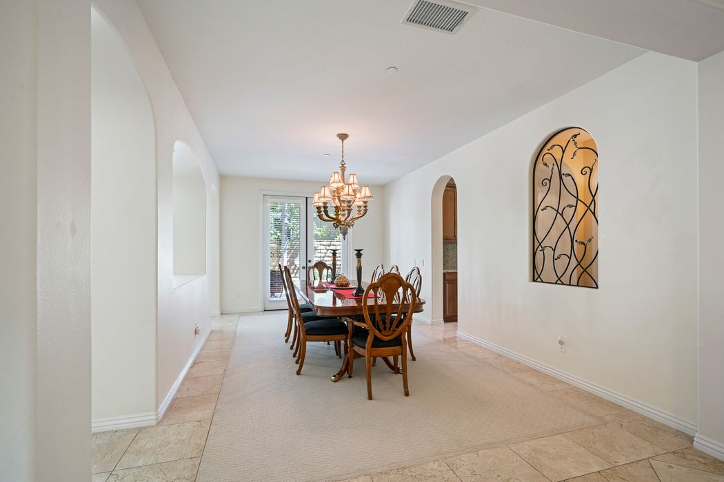 3276 Willow Canyon Street Thousand Oaks, CA 91362