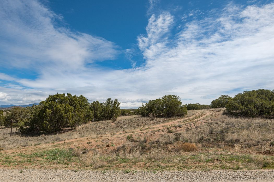 28 Old Road Lamy, NM 87540