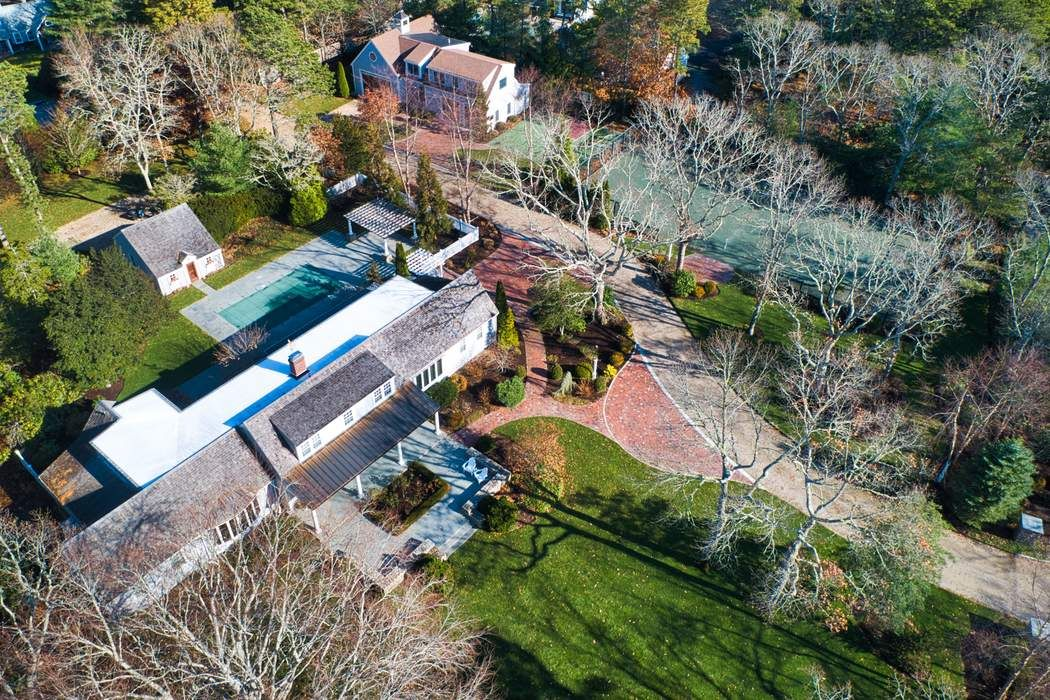 230 Seapuit River Road Osterville, MA 02655