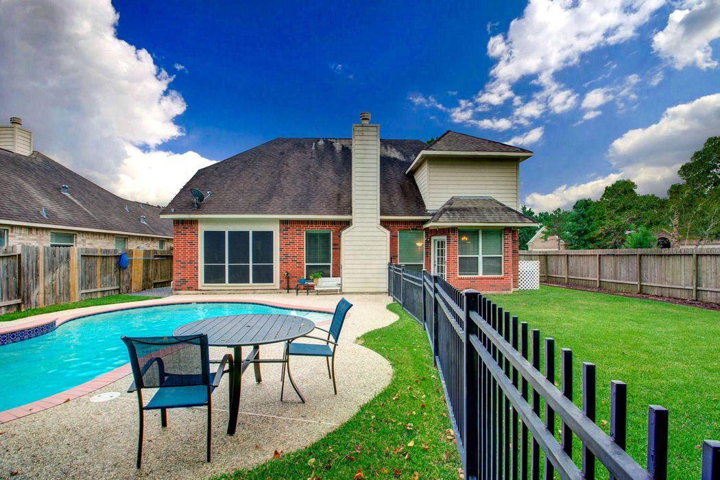 14307 Eastern Redbud Lane Houston, TX 77044