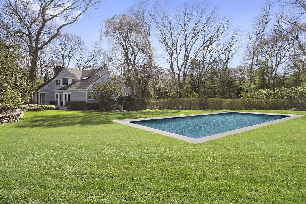 Exceptional East Hampton Living