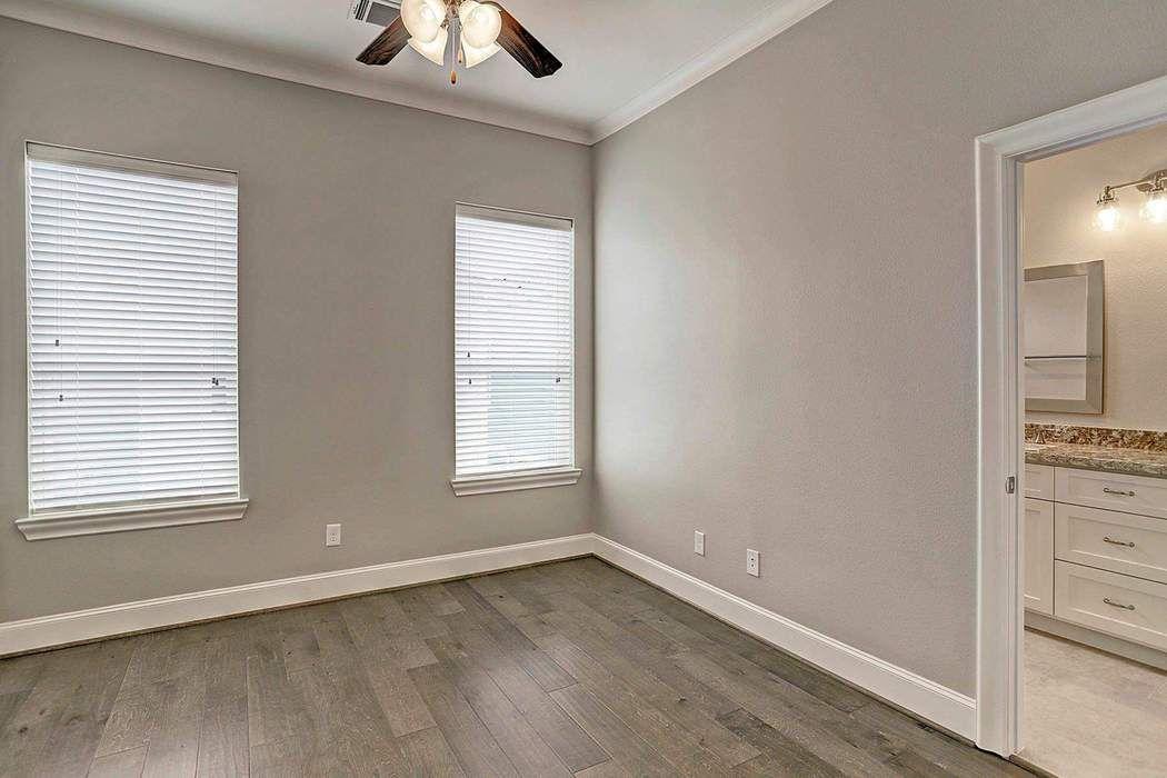 5242 Larkin Street Houston, TX 77007