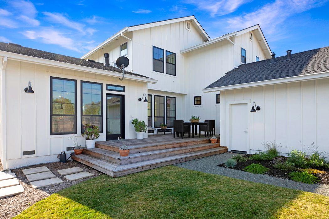 Modern Sonoma Farmhouse Sonoma, CA 95476