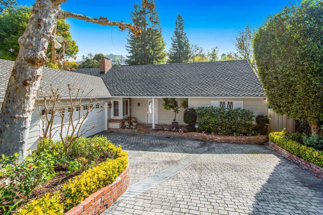 11236 Canton Drive Studio City, CA 91604