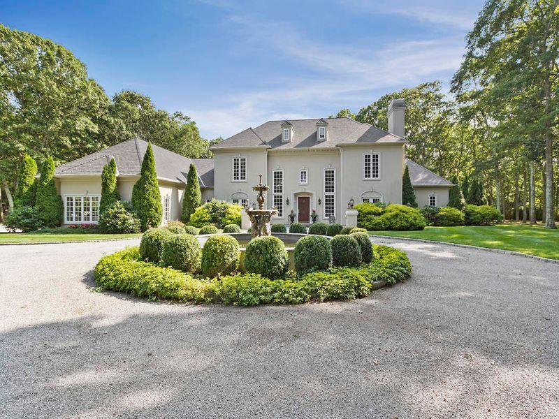 East Hampton English Country Home