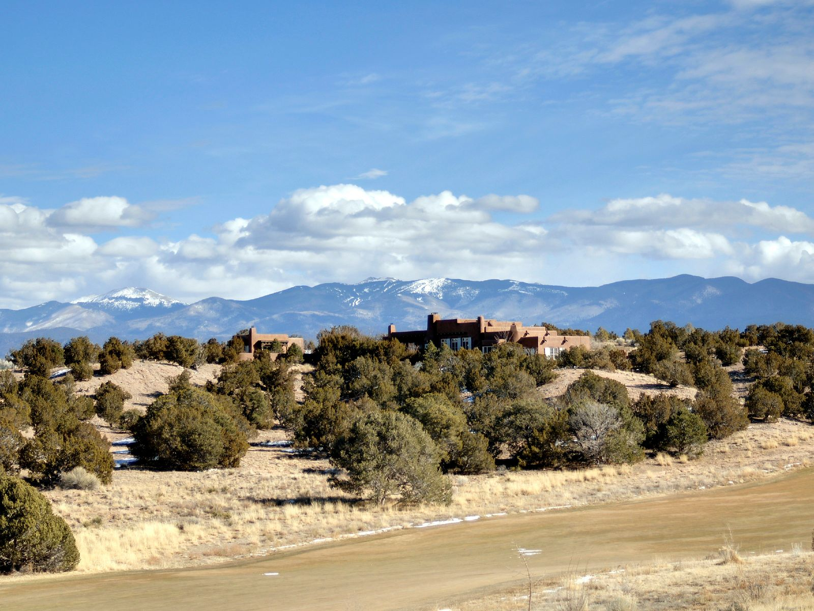 56-A Paseo Aragon