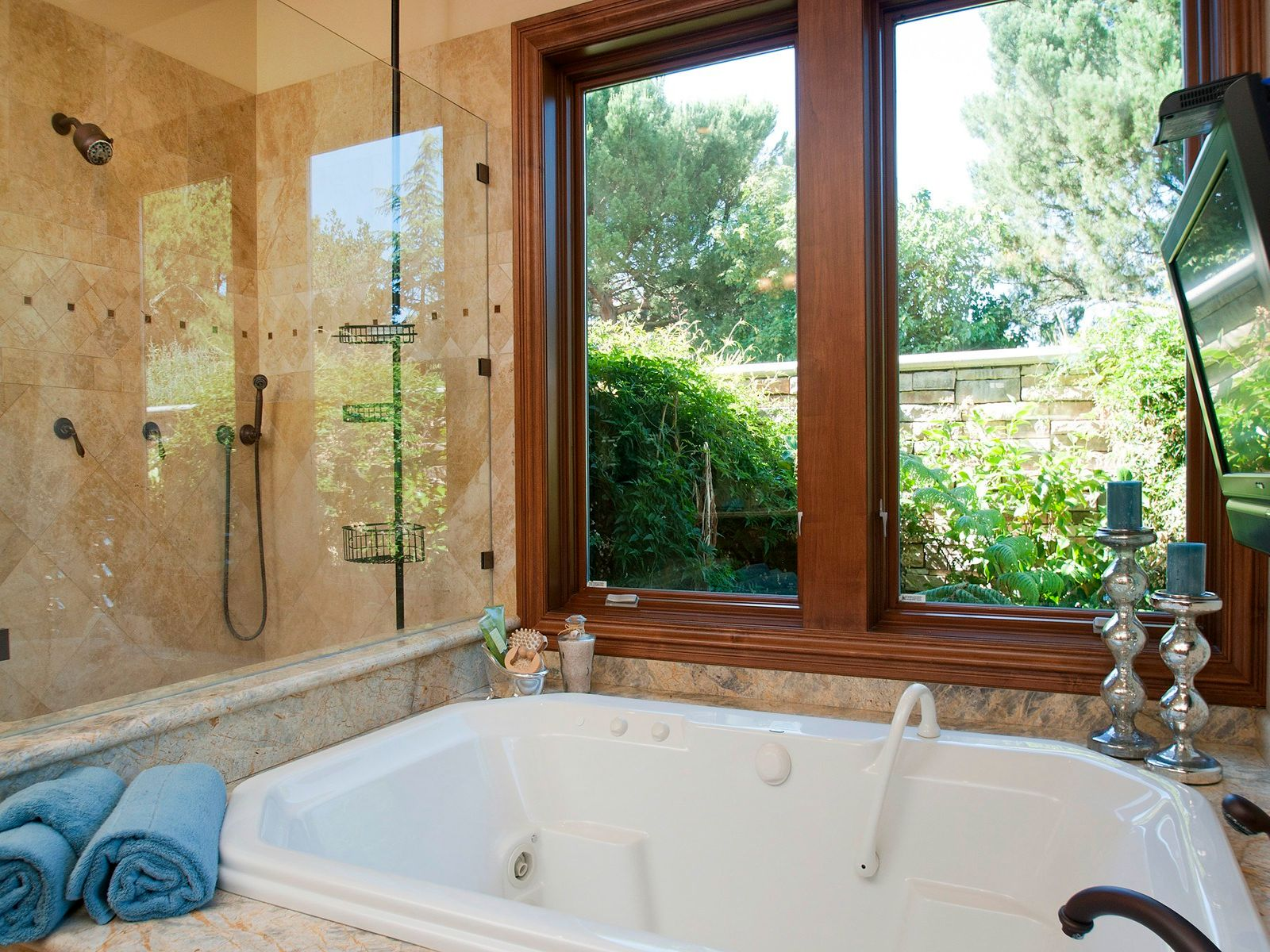 Master bath has large walk in shower,generous tub