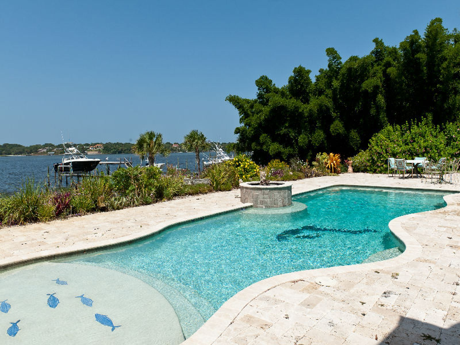 Calypso Palms - River Front Estate
