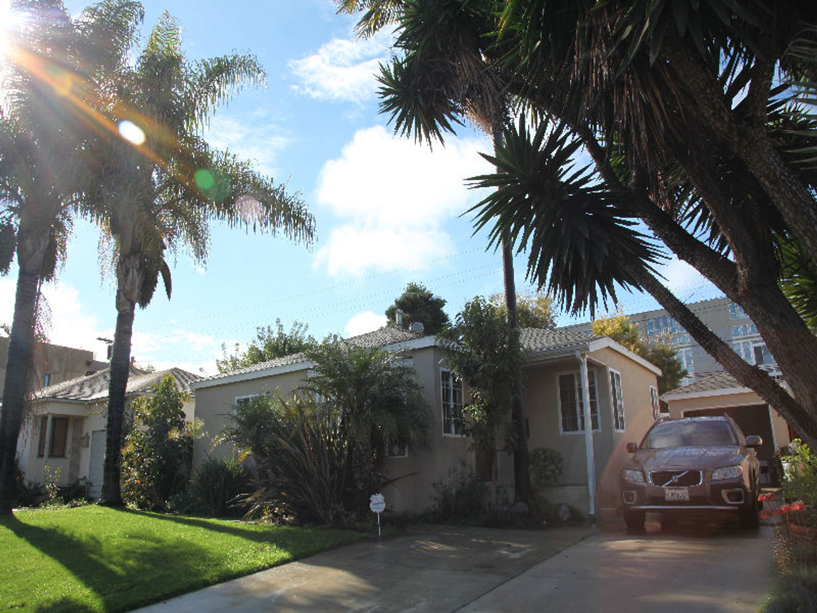 Gorgeous Single Level Home for Lease