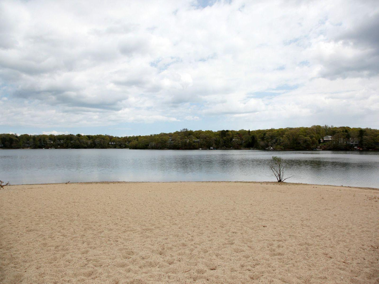 Close to Sandy Beach on Jenkins Pond
