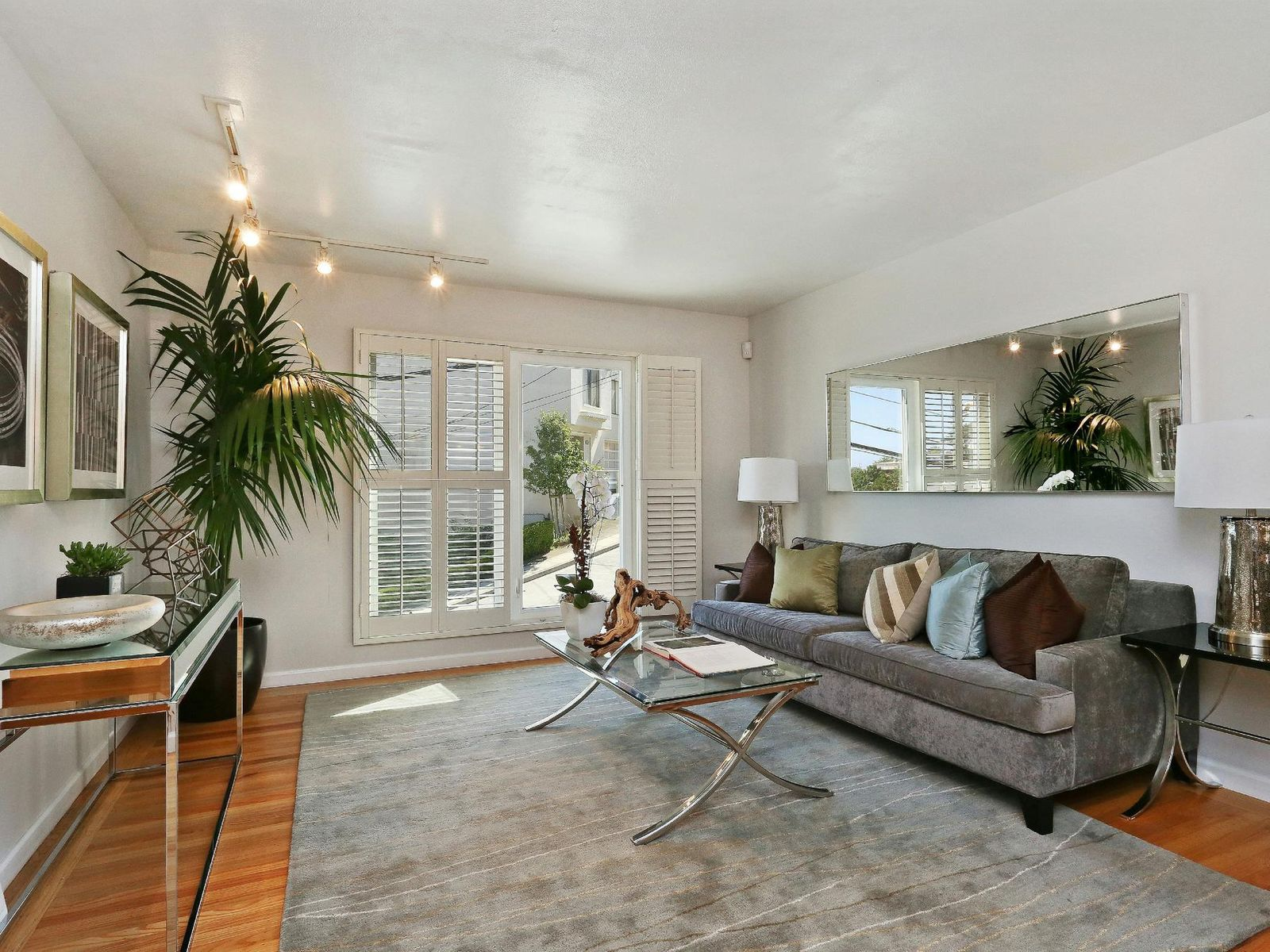 Great Feng Shui Miraloma View Home, San Francisco CA Single Family Home - San Francisco Real Estate