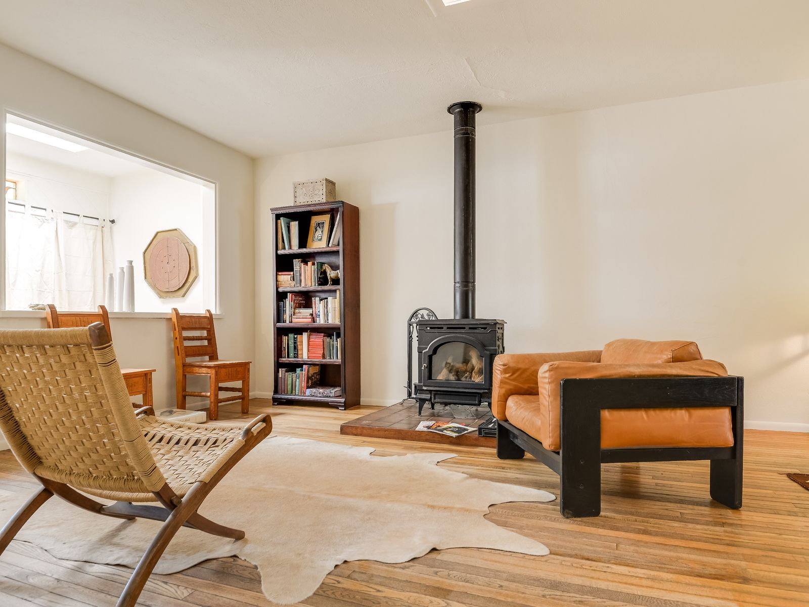 living room with very effective gas stove