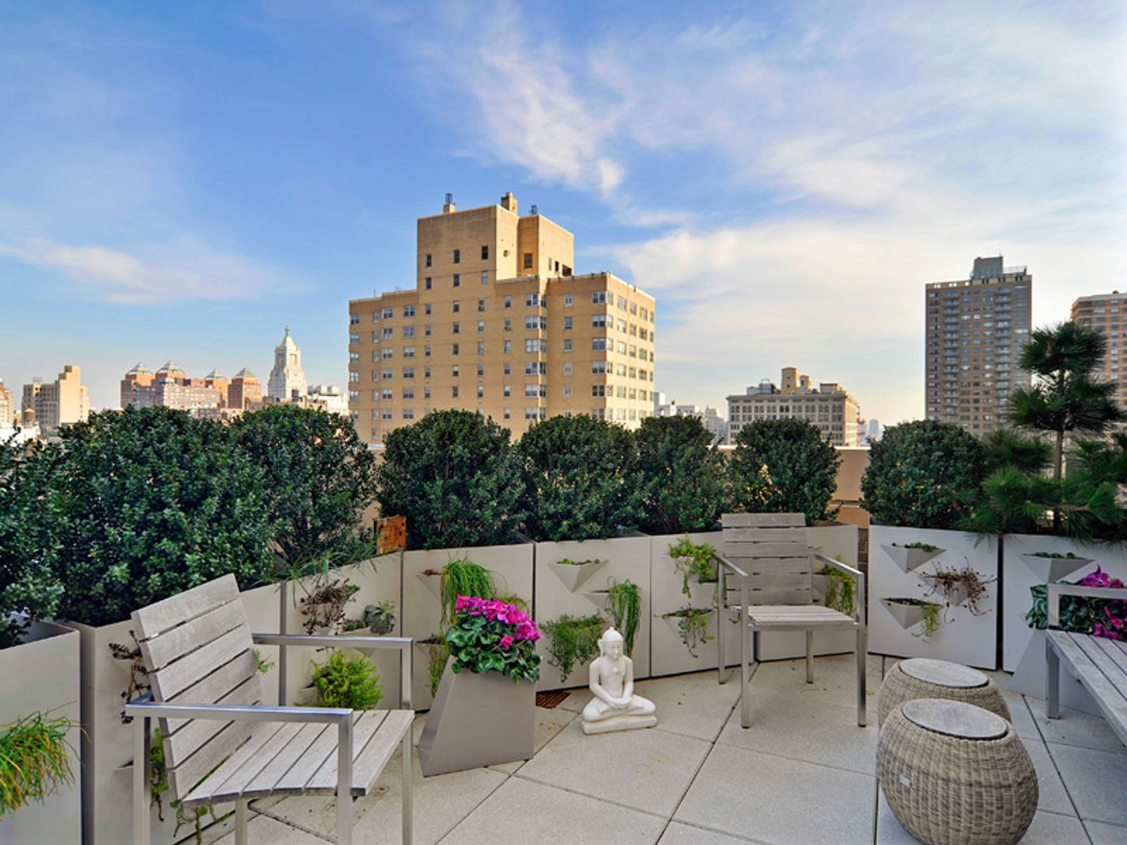 One Fifth Avenue, Townhouse in the Sky