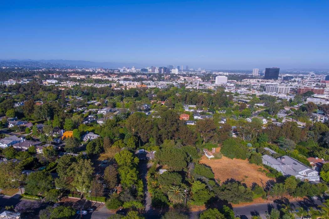 406 S Saltair Ave Los Angeles, CA 90049