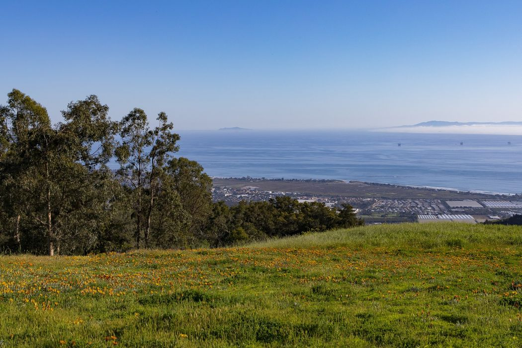 580 Toro Canyon Park Road Santa Barbara, CA 93108