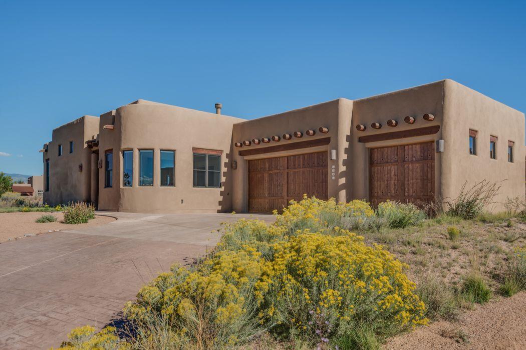 14 Camino De Colores Santa Fe, NM 87506