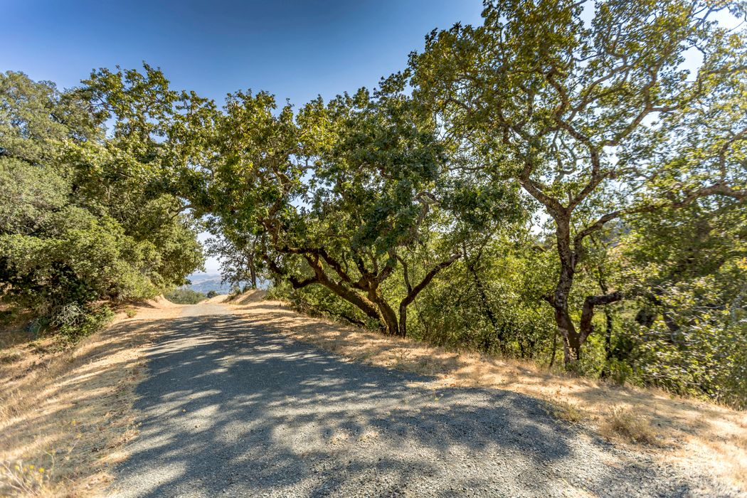 6350 Grove St Sonoma, CA 95476