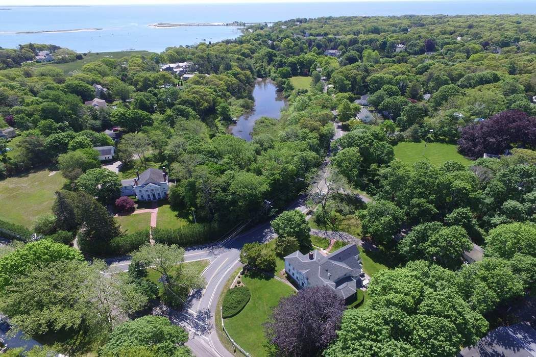 9 East Bay Road Osterville, MA 02655