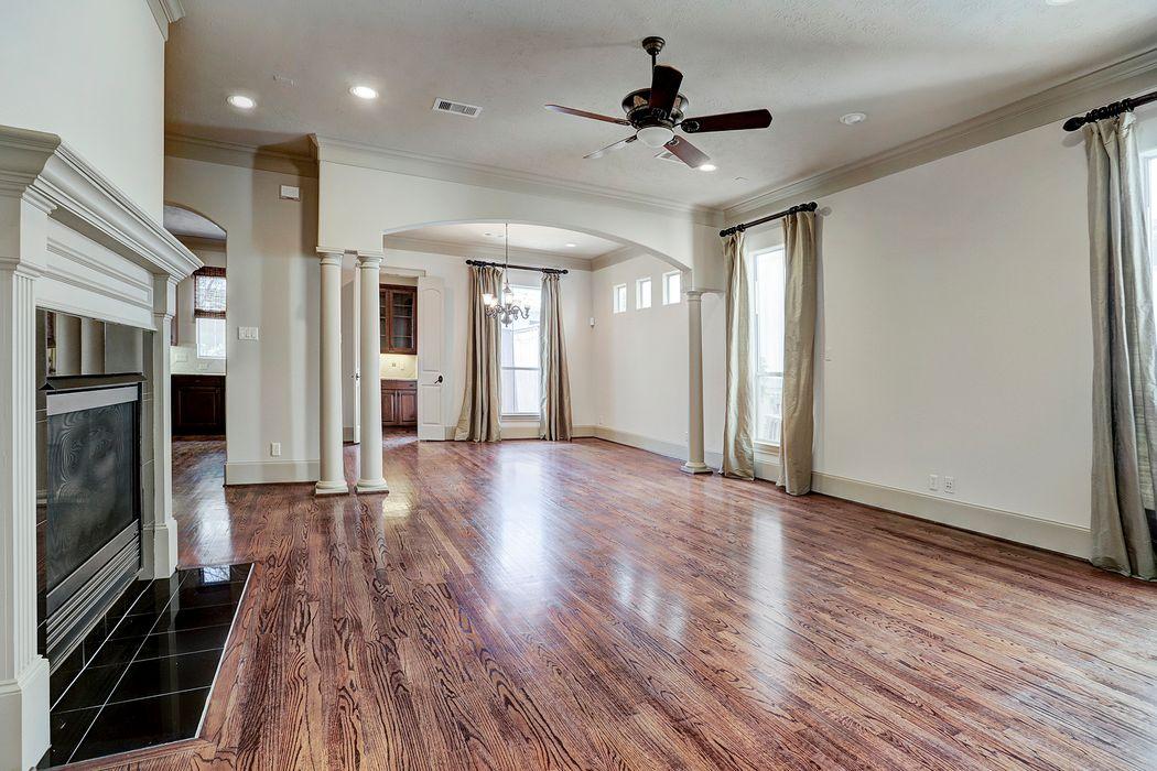 6222 Elm Heights Lane Houston, TX 77081