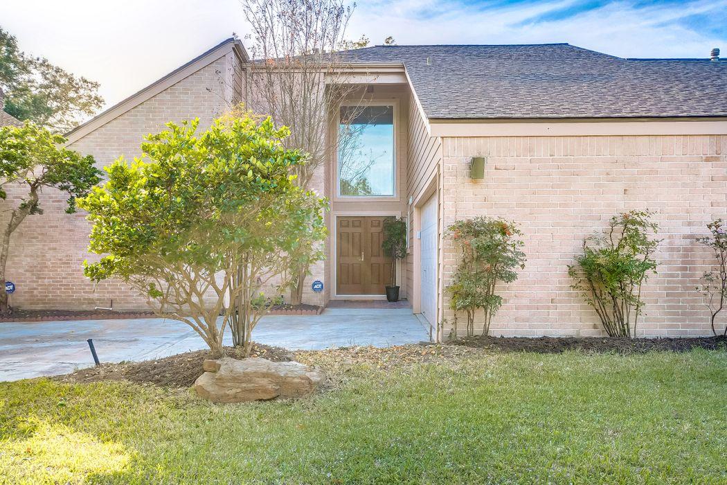 1342 Beaujolais Lane Houston, TX 77077