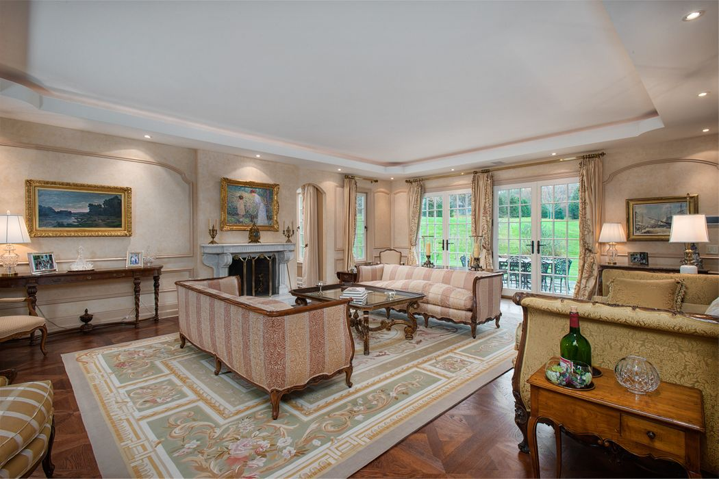7 Close Road Greenwich, CT 06831