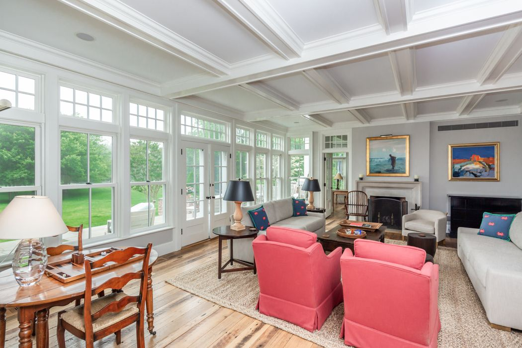 123 Egypt Lane East Hampton, NY 11937