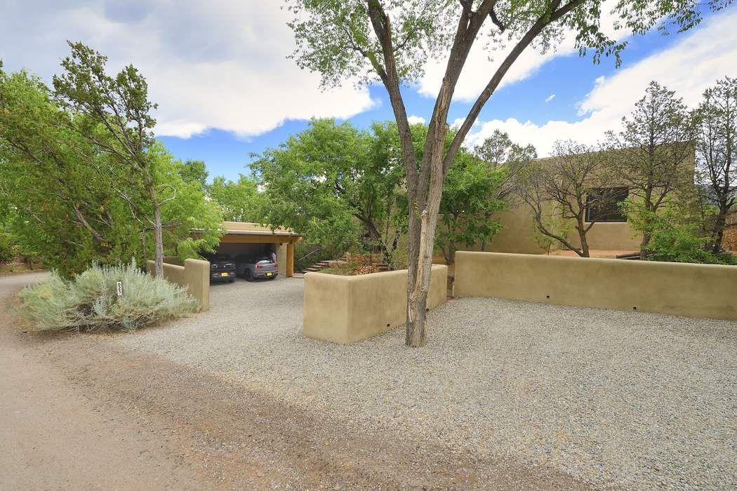 625 Camino De La Luz Santa Fe, NM 87505