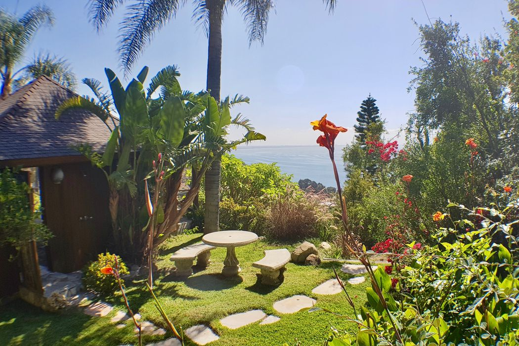 20404 Little Rock Way Malibu, CA 90265
