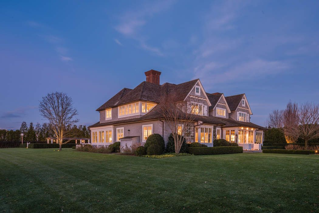 944 Mecox Road Bridgehampton, NY 11932