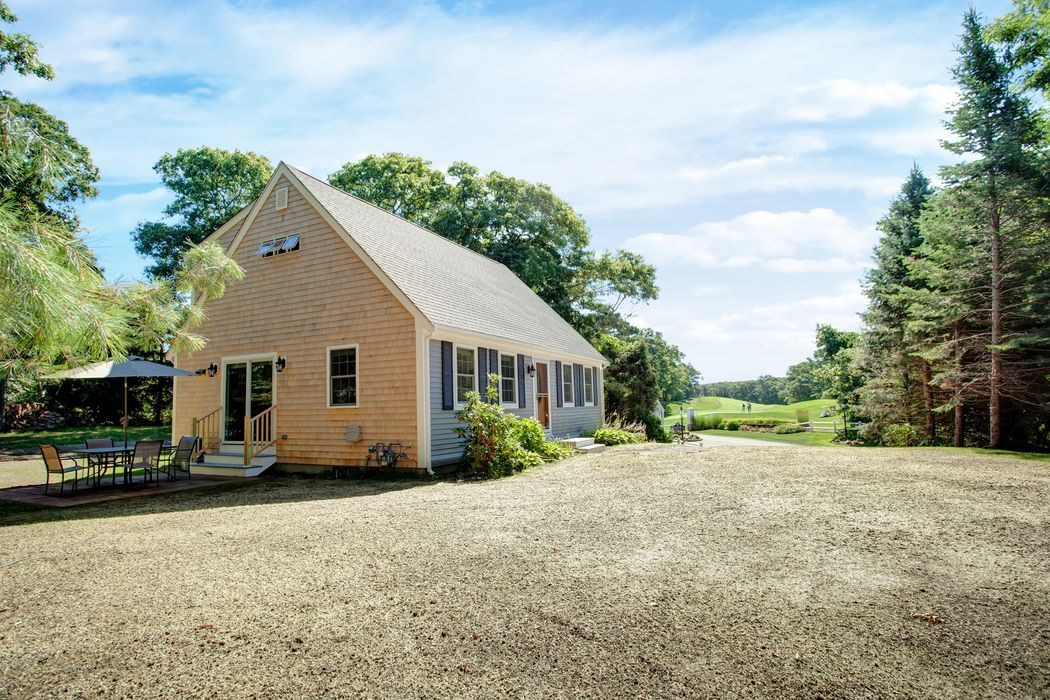153 County Road Bourne, MA 02532