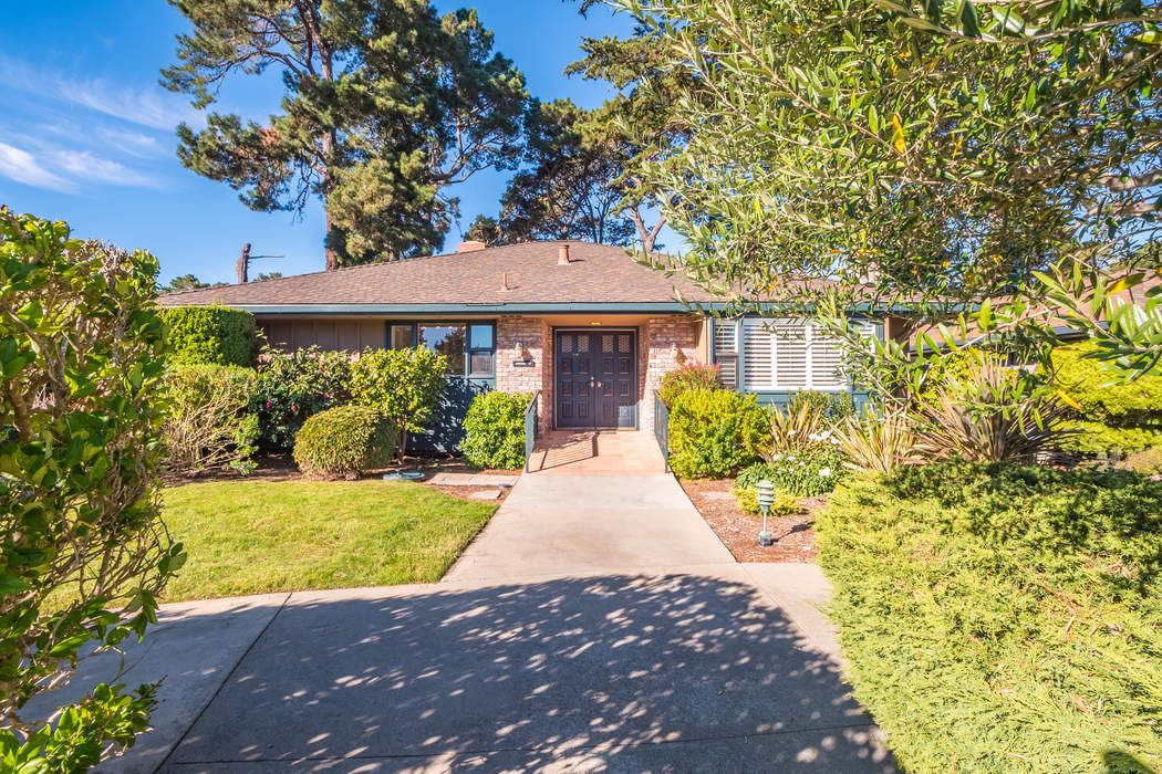 Prime Property in the Heart of Del Mesa