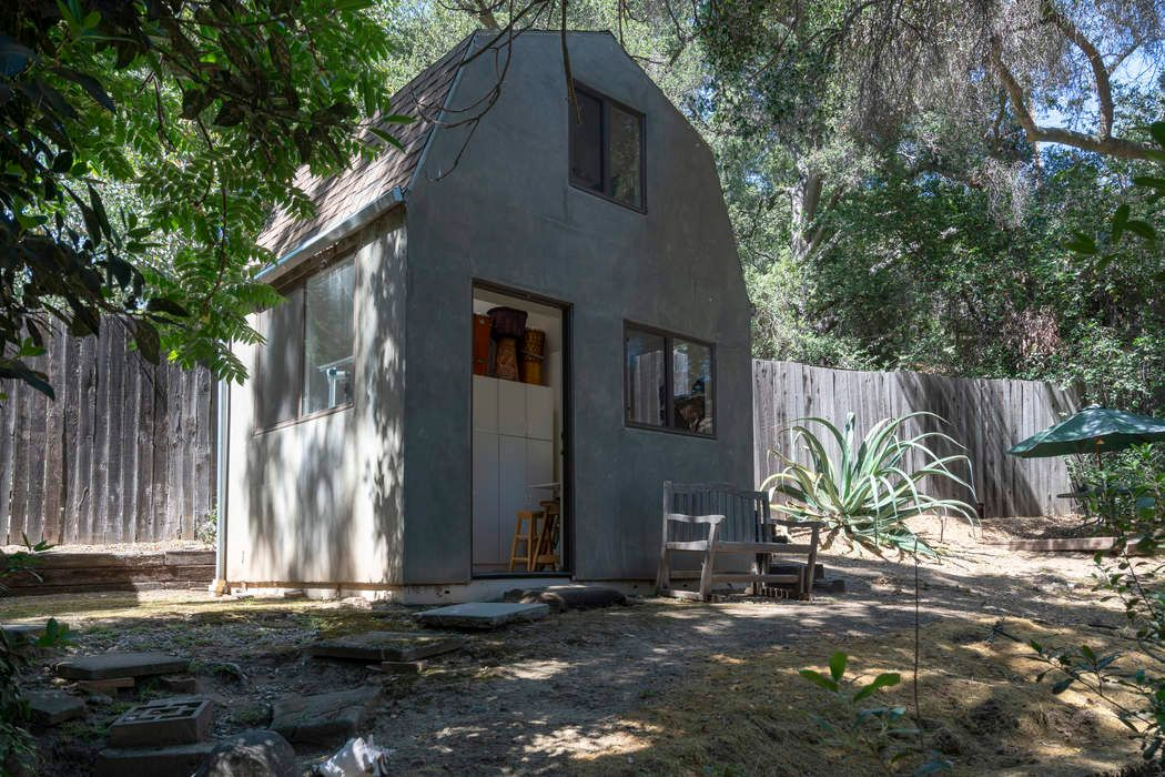 Natural Light and Expertly Finished Topanga, CA 90290