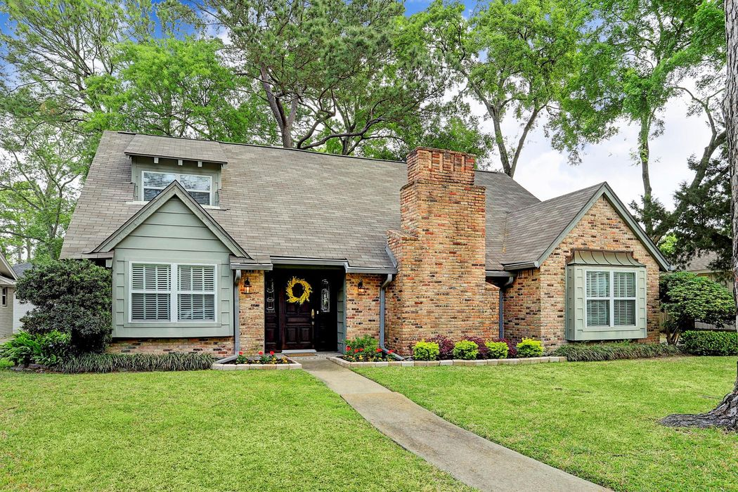 11214 Valley Stream Drive Houston, TX 77043
