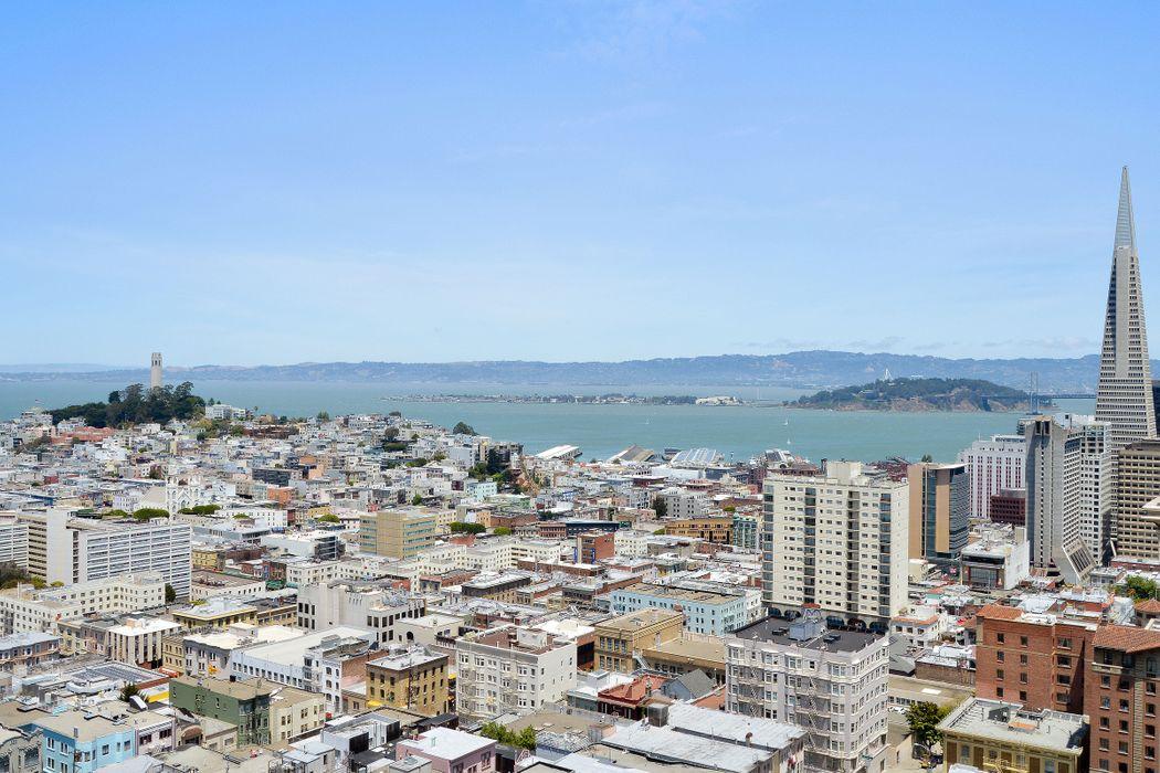 1100 Sacramento St San Francisco, CA 94108