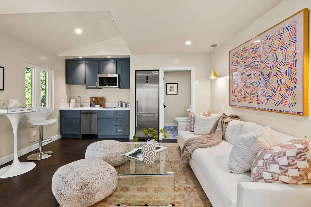 338 Westbourne Drive West Hollywood, CA 90048