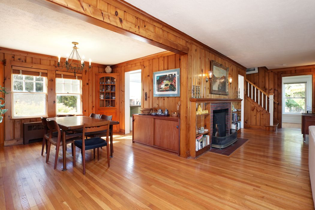 13 Fells Road Quissett, MA 02540