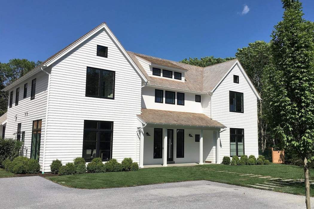 1 Cobblers Ct East Hampton, NY 11937