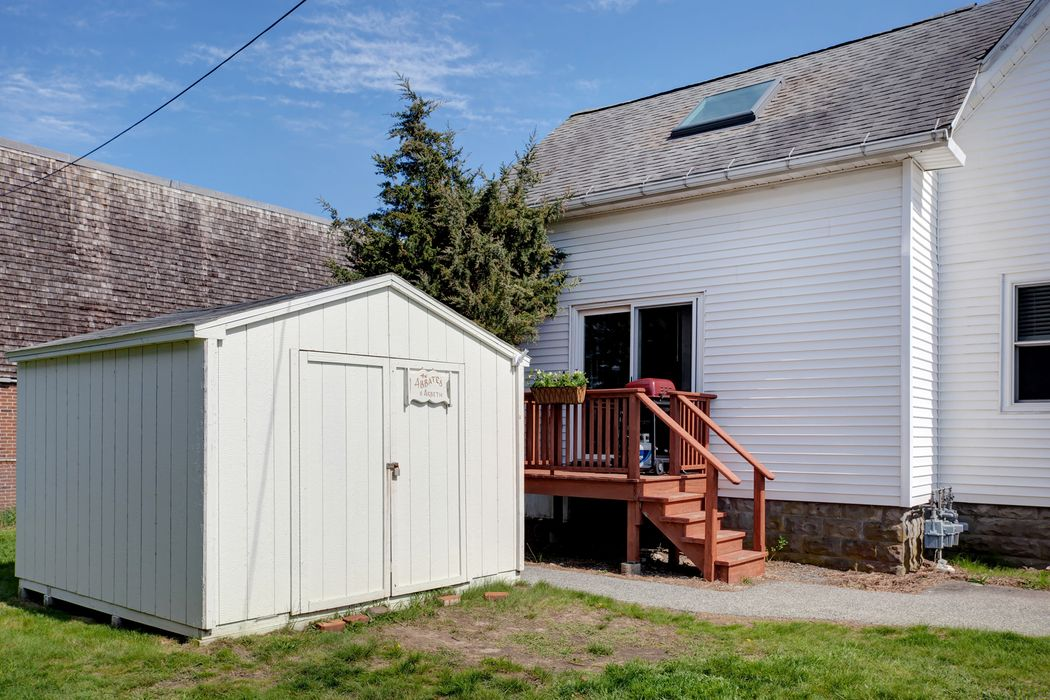6 Wallace Ave Buzzards Bay, MA 02532