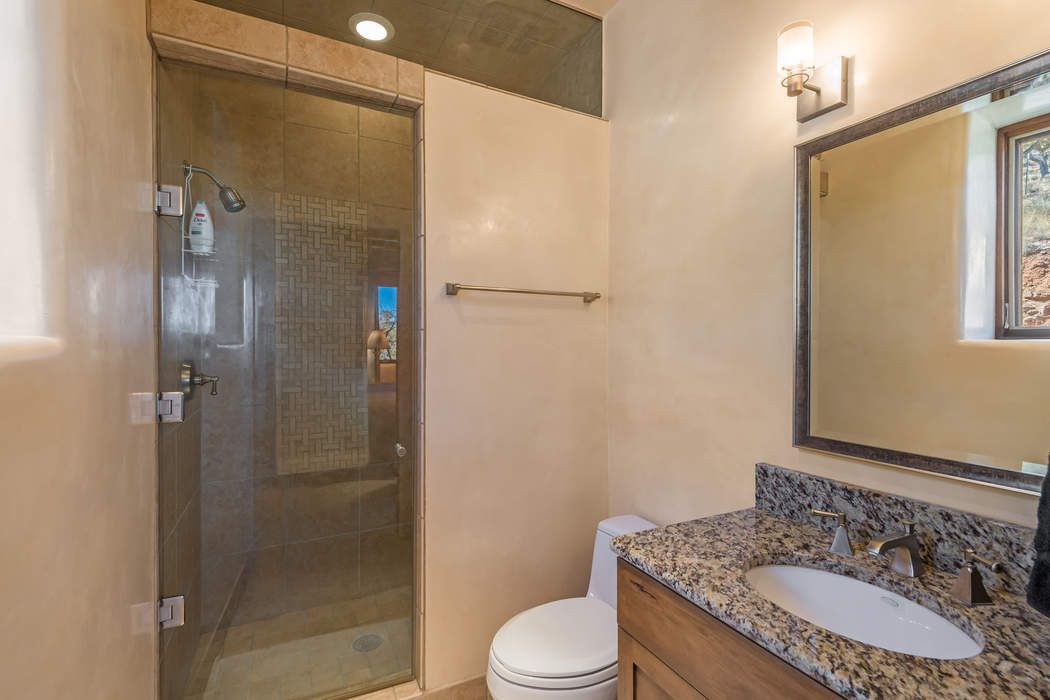 33 Teddy Bear Trail Santa Fe, NM 87505