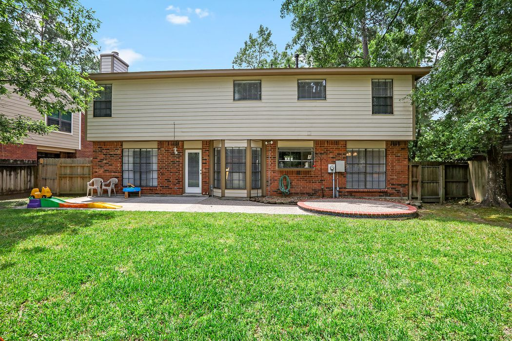 3519 Creek Manor Drive Kingwood, TX 77339