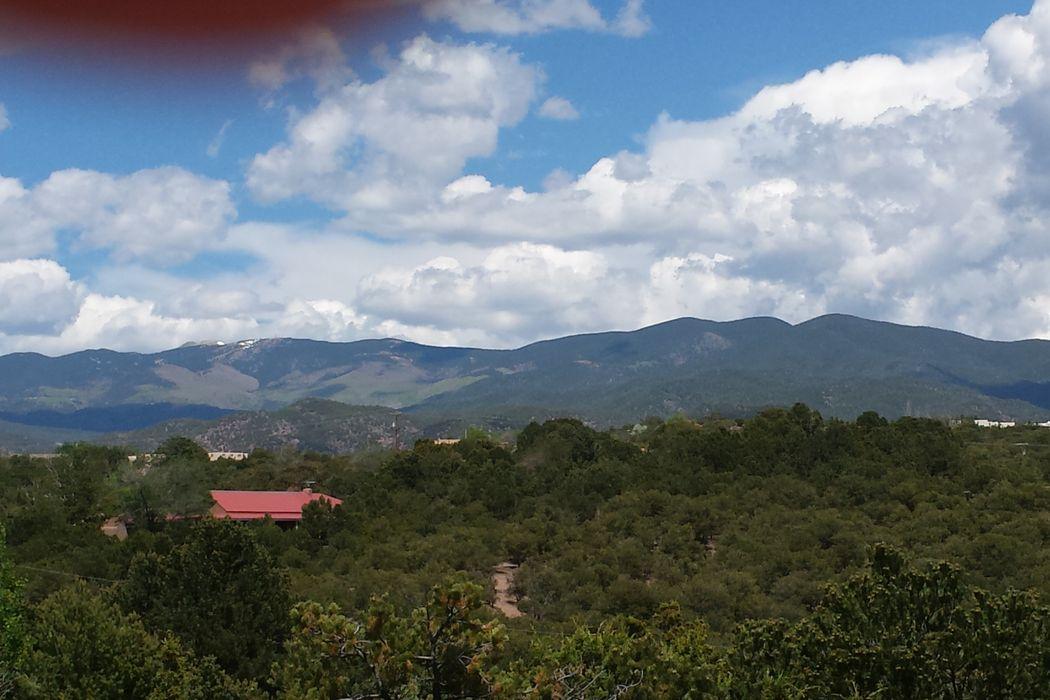 1112 Paseo Barranca Santa Fe, NM 87501