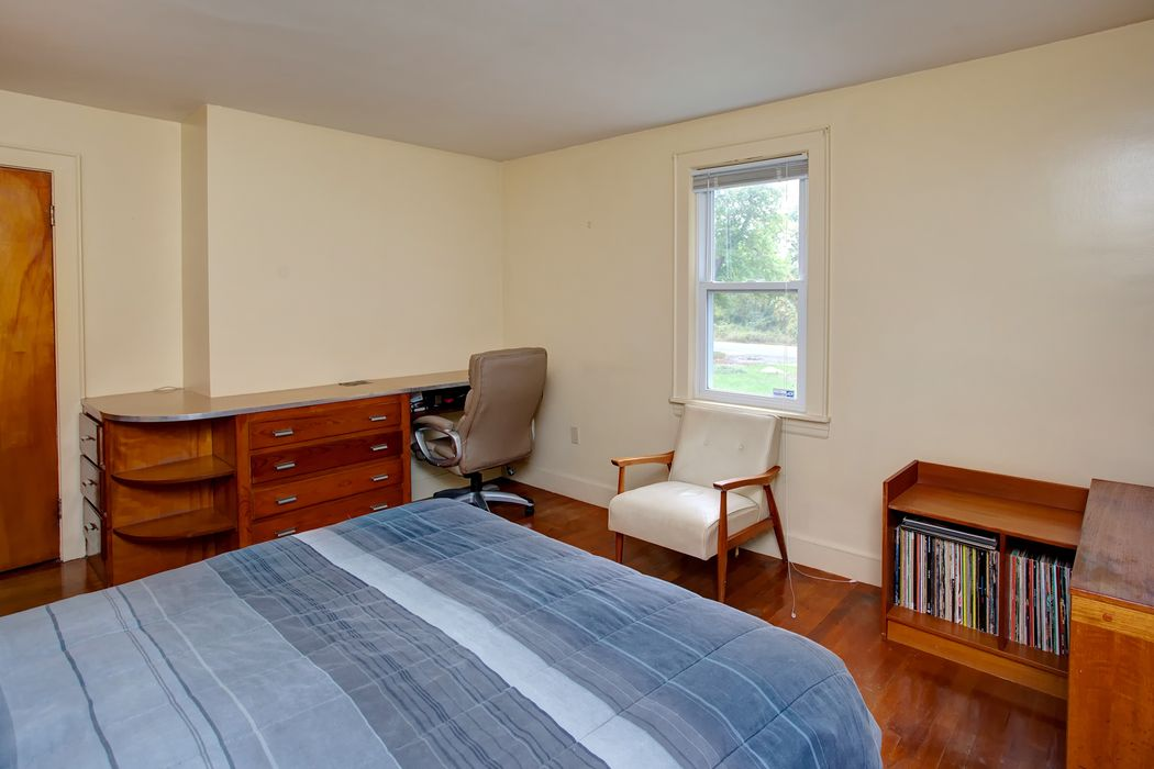 292 Sippewissett Road Falmouth, MA 02540