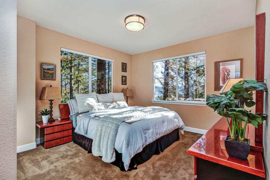 3888 Sage Hill Pl Santa Rosa, CA 95404