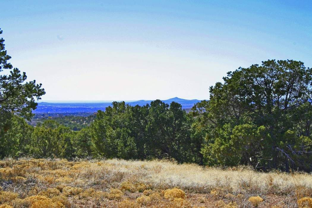 Brownell Howland Road Tract 8-A1,8-A2 And 8-B Santa Fe, NM 87501