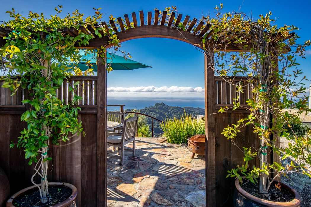 46902 Pfeiffer Ridge Road Big Sur, CA 93920