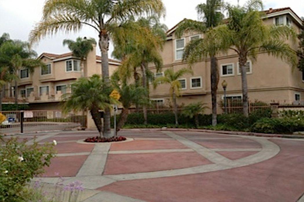 14065 Lemoli Avenue Hawthorne, CA 90250