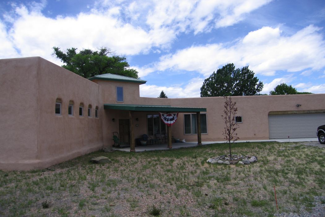 7 Loma Linda Road La Puebla, NM 87567