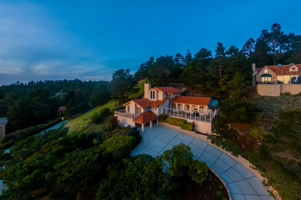 24755 Outlook Drive Carmel, CA 93923